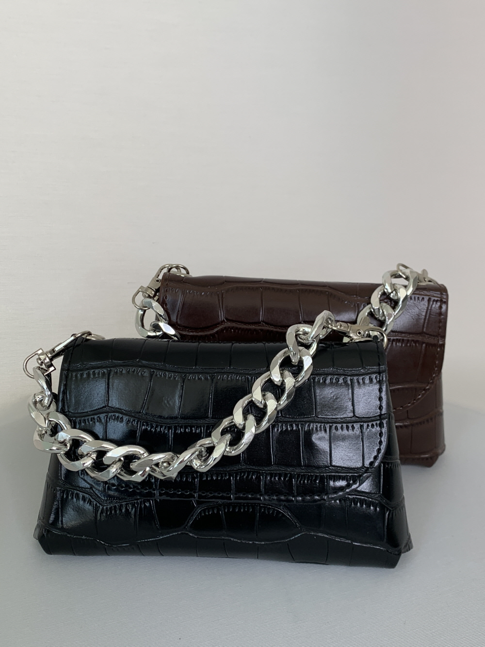 BELT CHAIN MINI-BAG